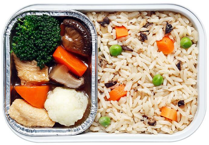 Braised Vegetables and Mushroom Rice Bowl
