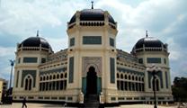 Book cheapest flights to Medan and visit Masjid Raya