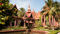 Book cheap flights to Phnom Penh