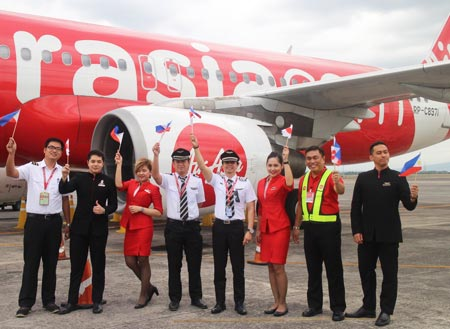 AirAsia celebrates return to Clark Airport with maiden flight to Kalibo