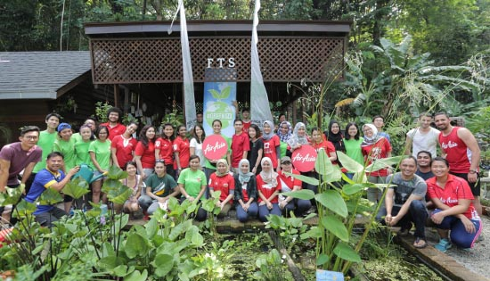 AirAsia joins Earth Hour to promote climate action