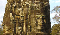 Book cheap flights to Siem Reap and visit Angkor Thom