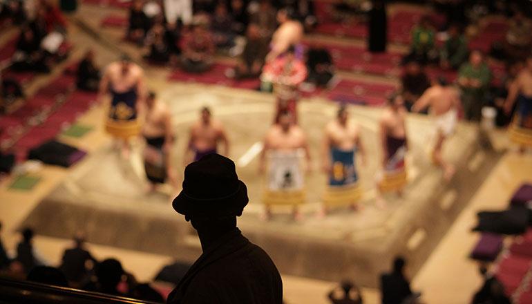 การแข่งขันซูโม่ Grand Sumo Tournament (เส้นทางโอซาก้า)