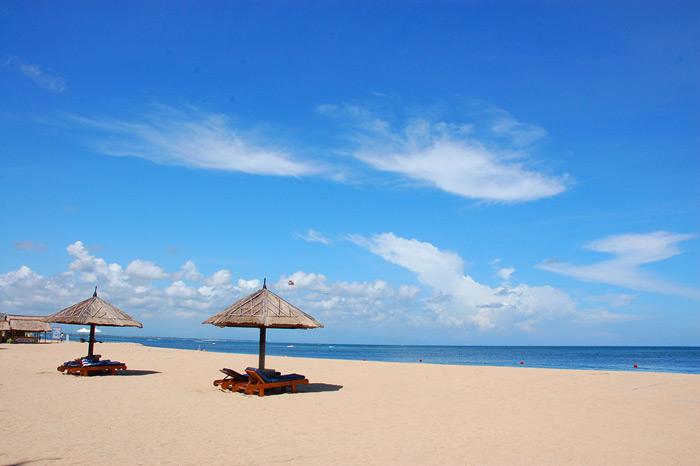 巴厘岛努沙杜瓦海滩