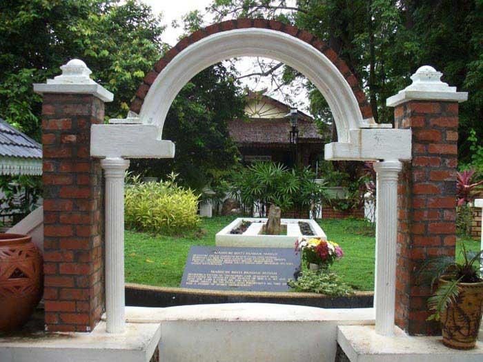 兰卡威玛苏丽之墓