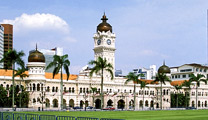 Book cheapest flights to Kuala Lumpur and experience KL Hop-On Hop-Off