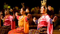 Travel to Kuala Lumpur with cheapest airfare and visit Istana Budaya